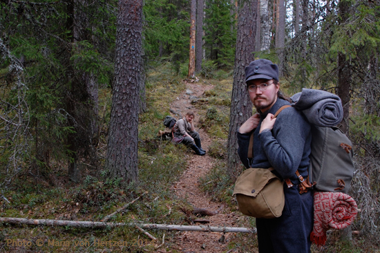 Huhtikuu 2014, Isojärven kansallispuisto: koko viikonlopun vaellus kahdella yöpymisellä Viena 1918 -liveroolipelin hengessä ja luolaseikkailuilla.